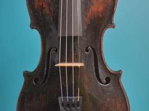 Full size violin, Turner 1820, London, front