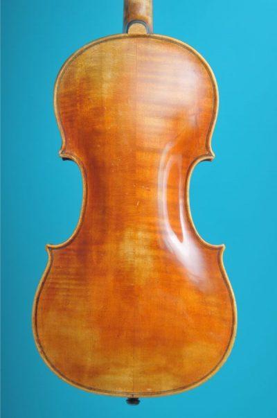 Joan. Carol Klotz back full size violin De Luthiers Lucienne Vioolbouw