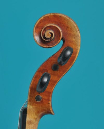 Joan. Carol Klotz scroll full size violin De Luthiers Lucienne Vioolbouw