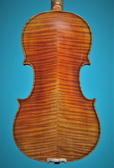 Lutherie d'Art 'Strad' back Full size Violin De Luthiers Lucienne vioolbouw