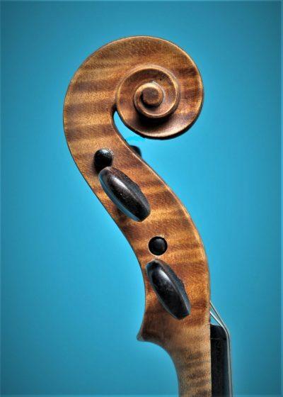 Full size violin, Paul Baily 1906 Paris, scroll