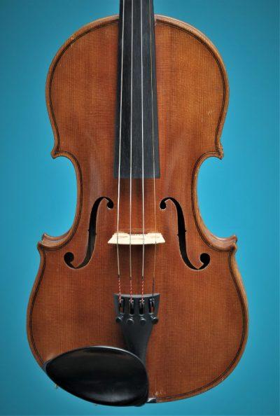 Full size violin, Paul Baily 1906 Paris, top