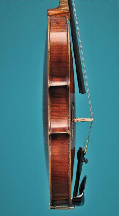 Full size violin Bernardel Paris 19'eeuw Lucienne Vioolbouw Dordrecht side